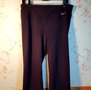 NIKE YOGA PANTS WOMEN'S L